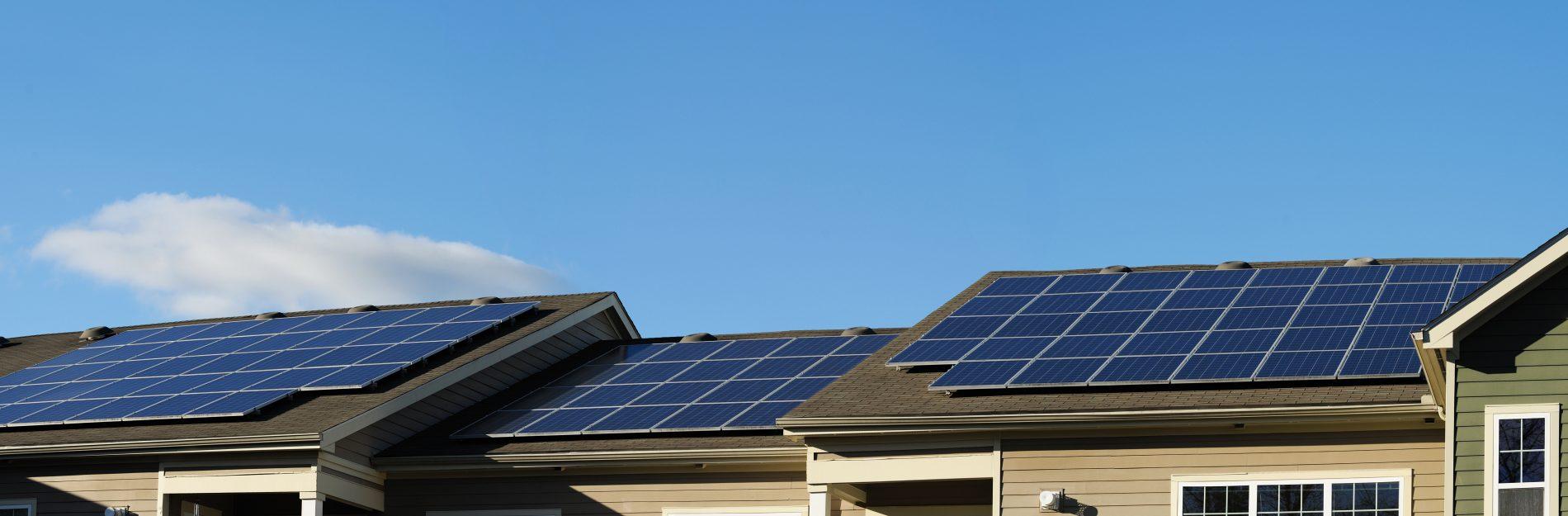 Comparing Solar Panel Installation Options